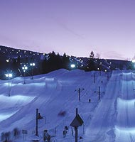 ski at night